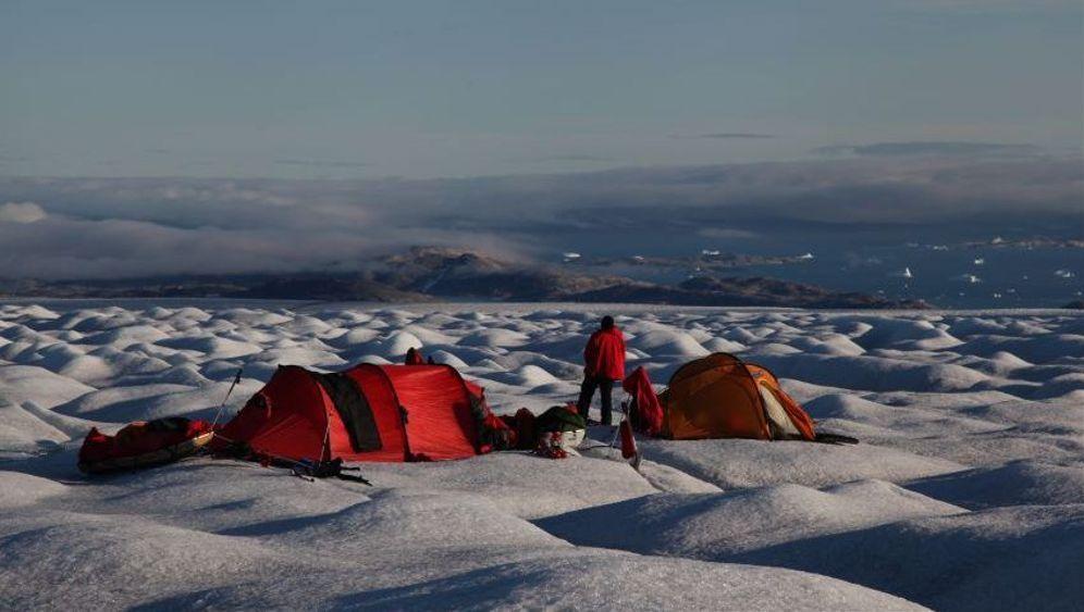 Grönland-Expedition: Pulkaschleppen im Spaltengebiet
