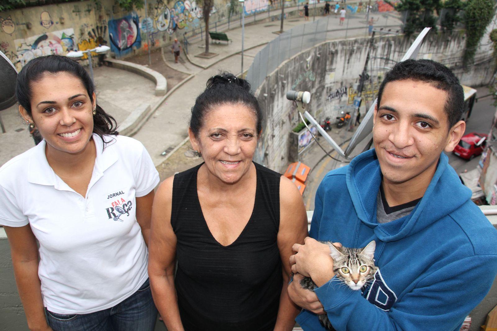 EINMALIGE VERWENDUNG Favela / Bildungsrevolution