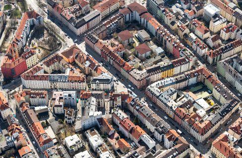 München: Wie die Innenhöfe sind auch die Immobilienpreise nach oben offen