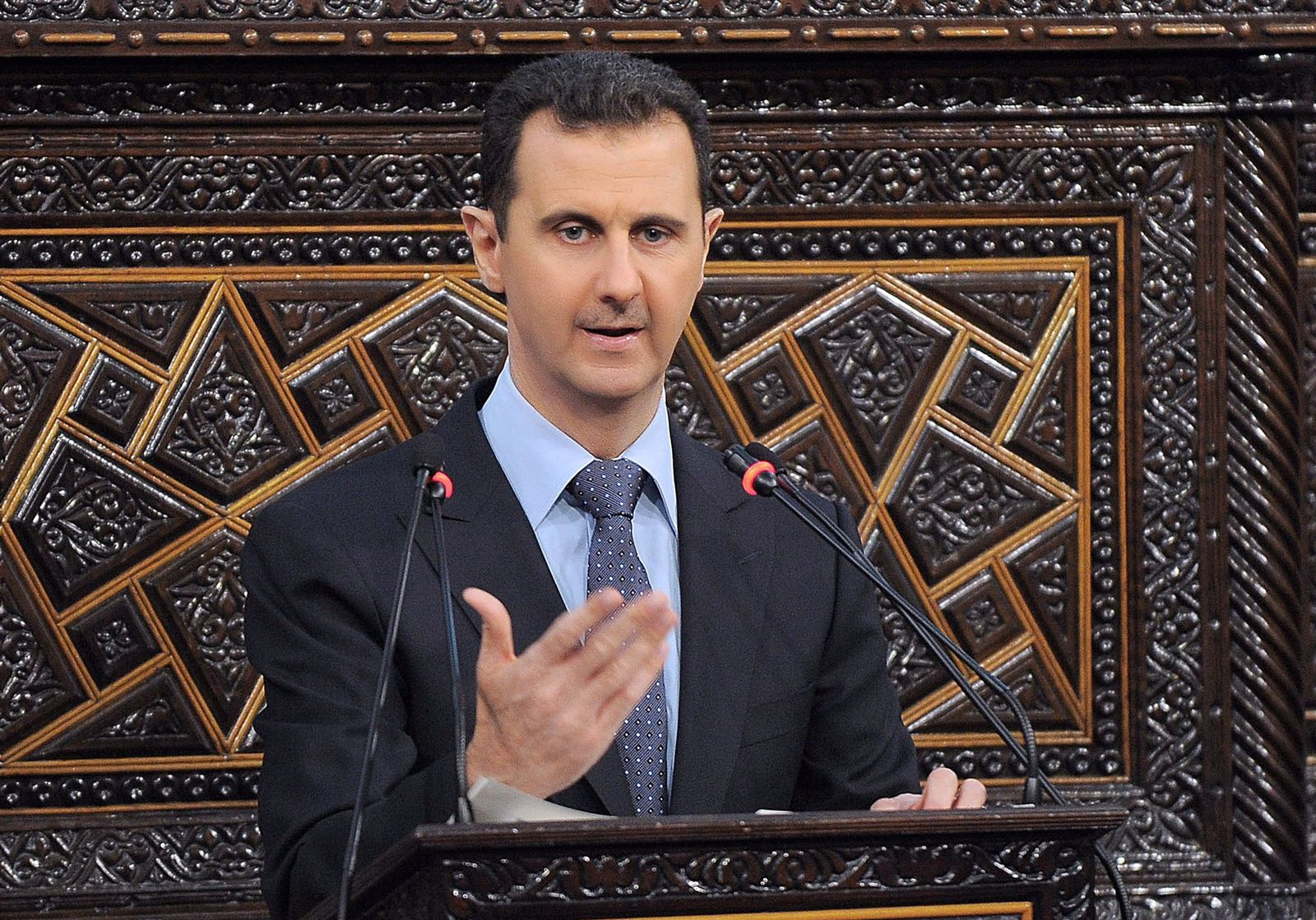 Bashar Assad opens Parliament
