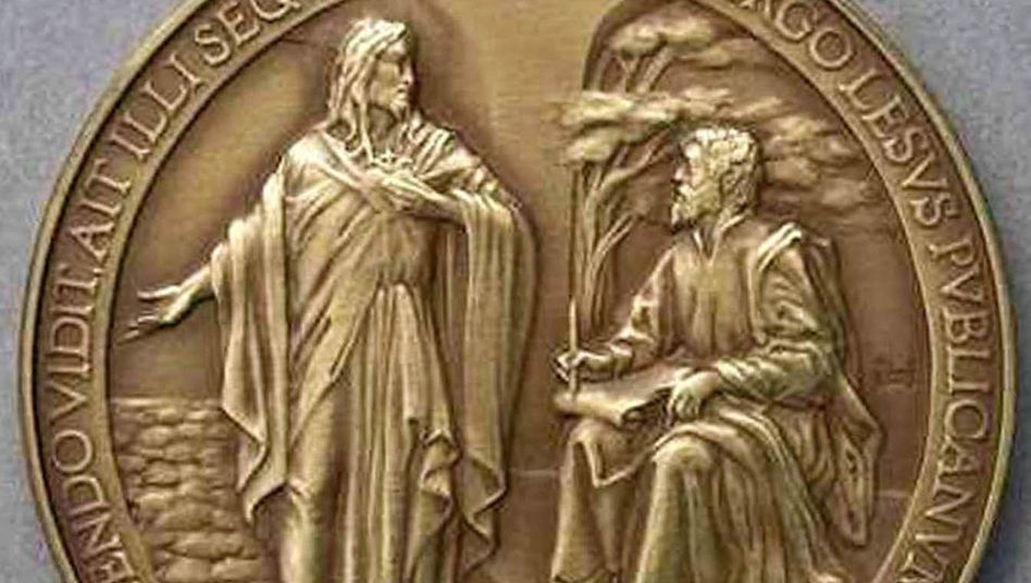 "The Vatican's recently debuted commemorative medals say ""Lesus,"" instead of Jesus."