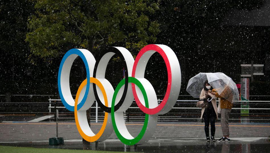 Die Olympischen Ringe in der japanischen Hauptstadt Tokio