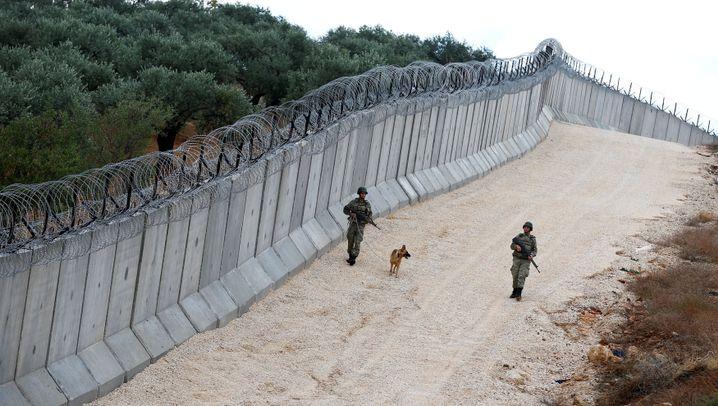 Türkische Grenze: Bollwerk gegen die Schutzsuchenden