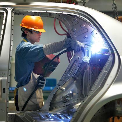 Autofabrik im chinesischen Ningbo: Das Kapital ist nahezu überall willkommen, Arbeiter sind es nicht