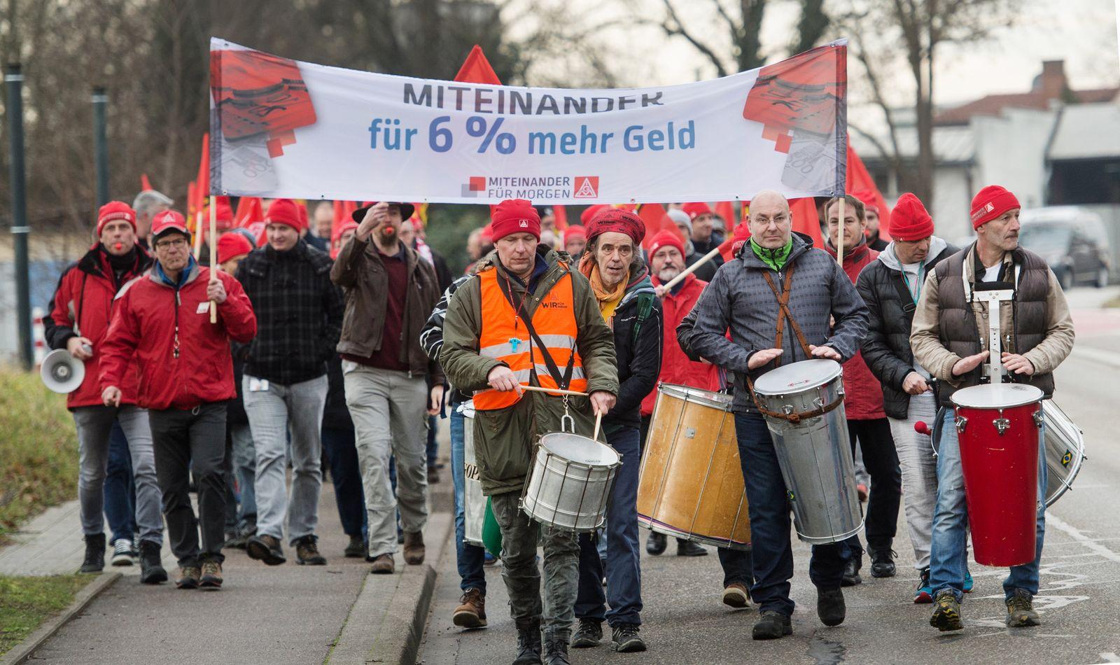 Warnstreik IG Metall in Baden-Württemberg