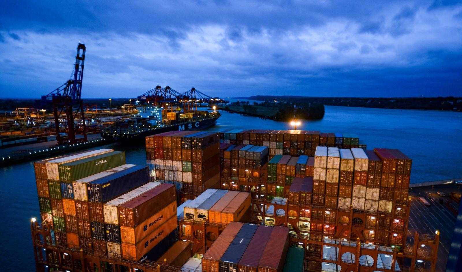Containerschiff «Barzan»