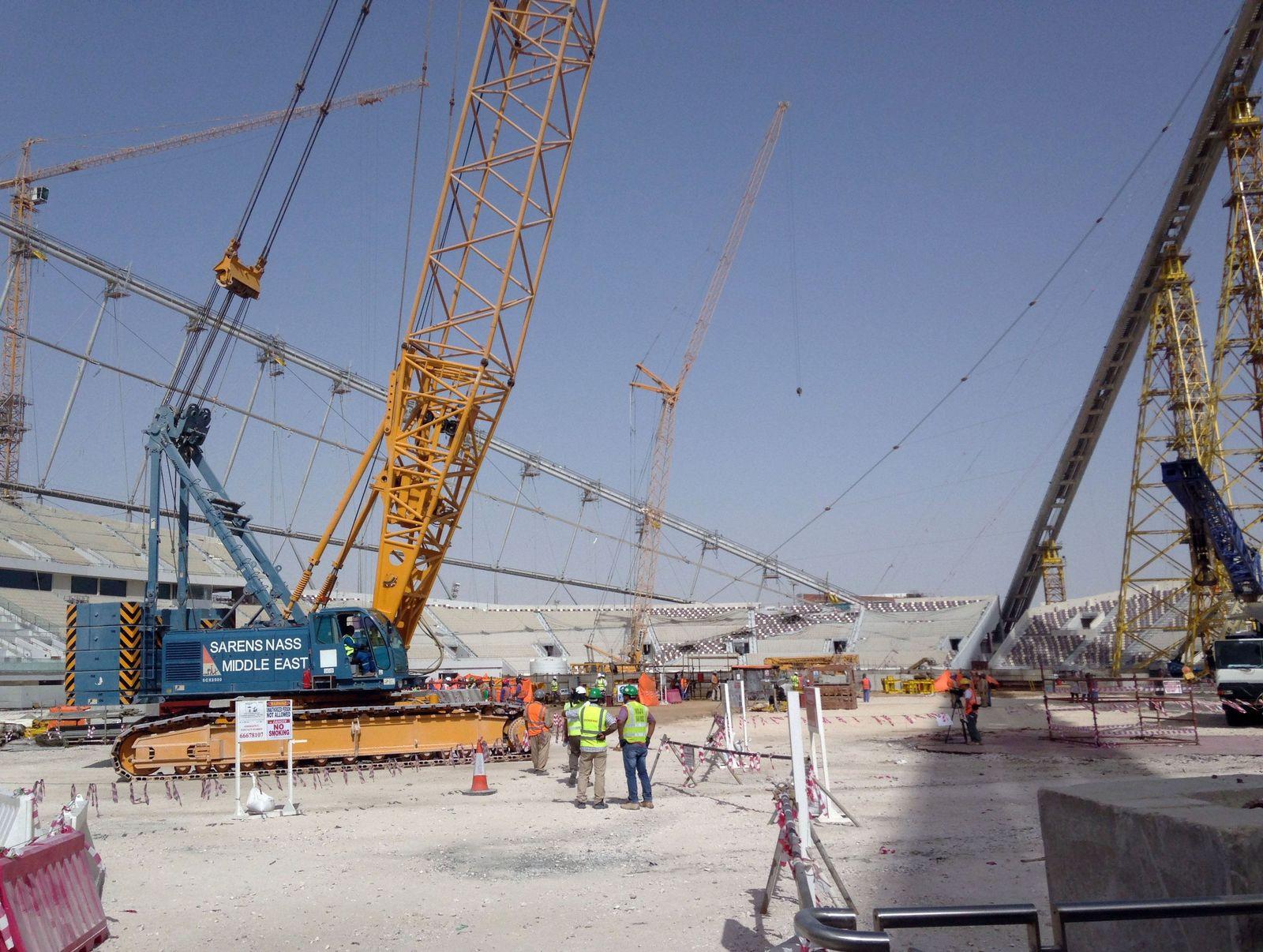 Katar/ Doha/ Baustelle Stadion