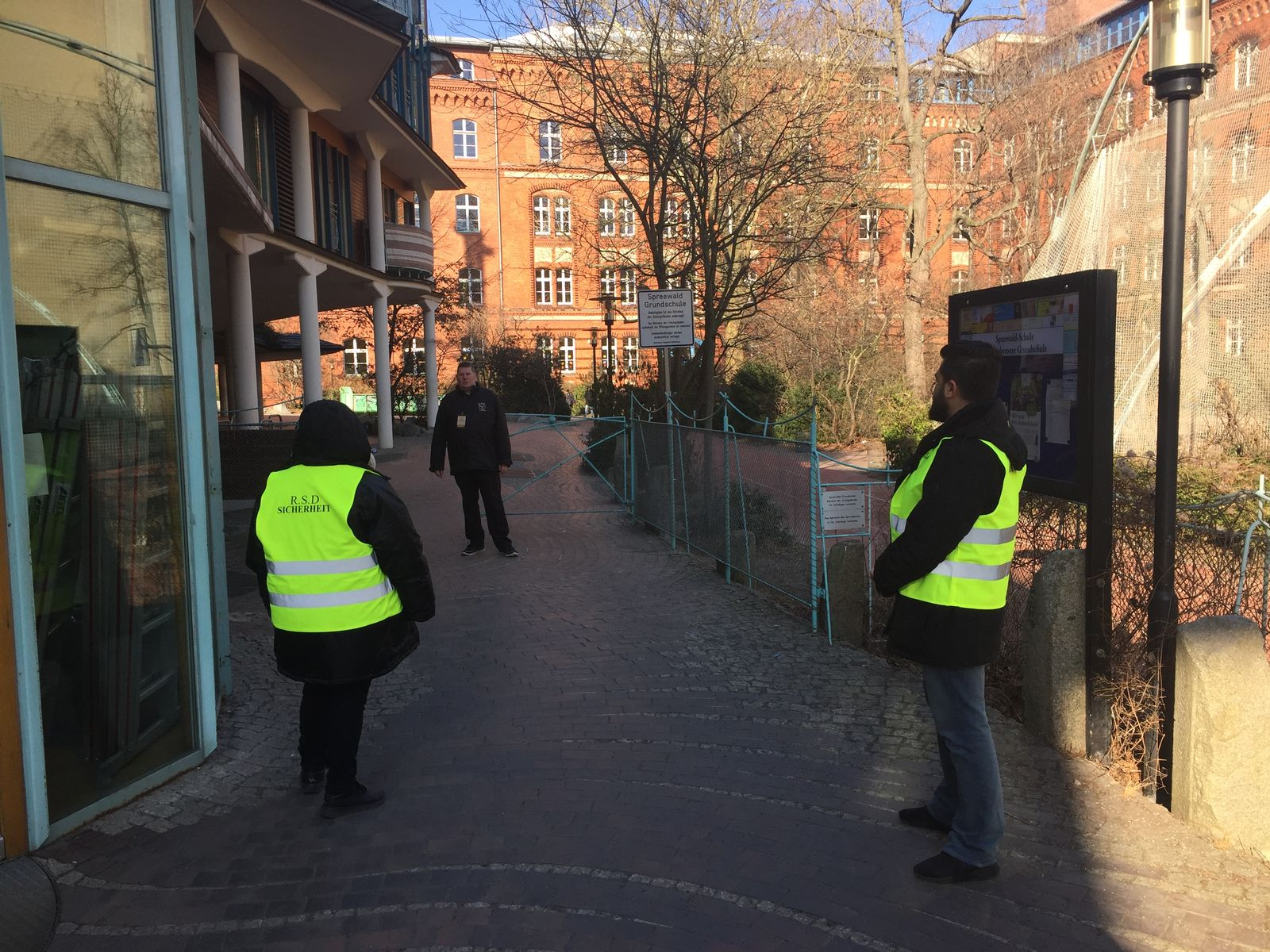 EINMALIGE VERWENDUNG Rheinische Sicherheitsdienste