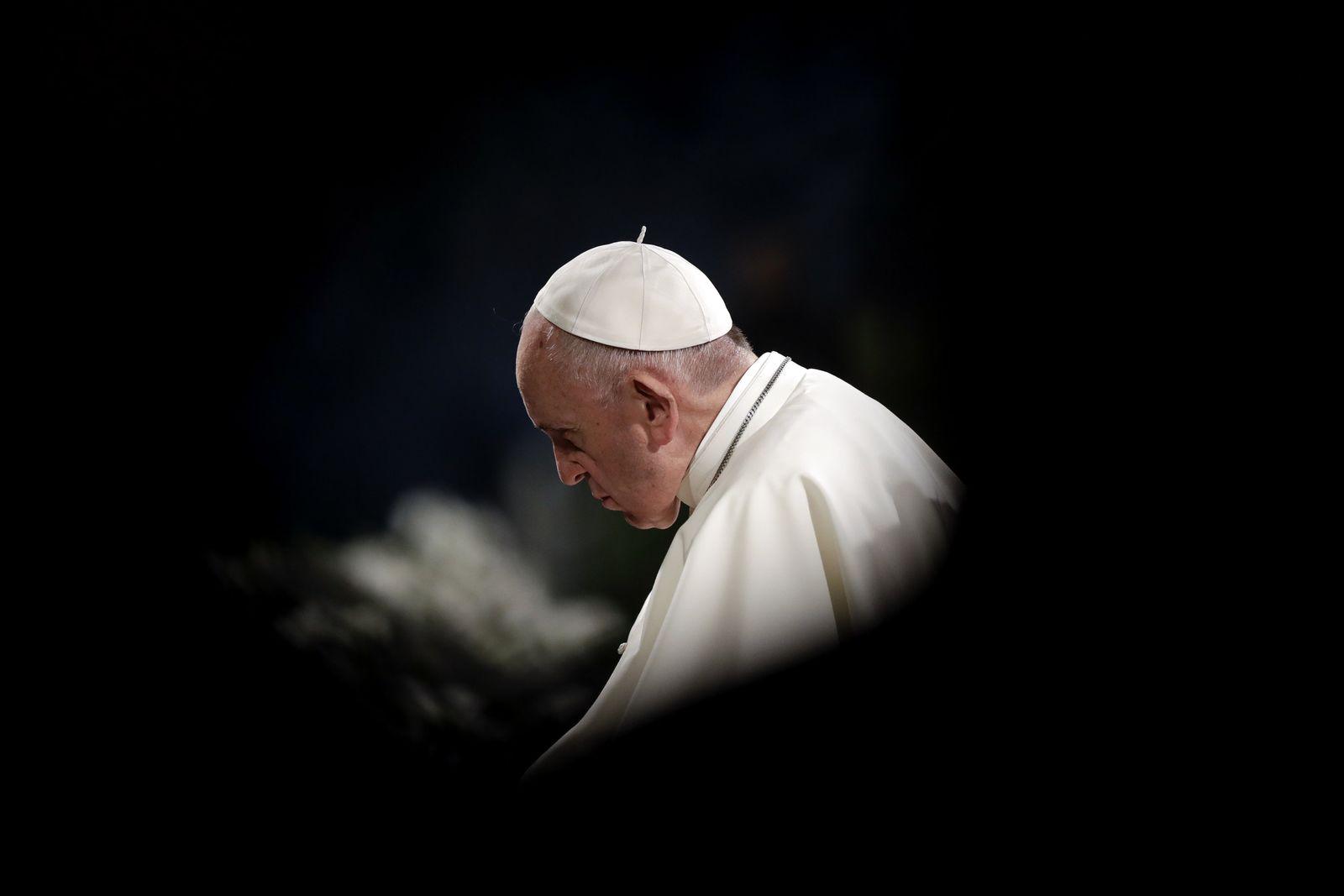 Offener Brief gegen Papst Franziskus