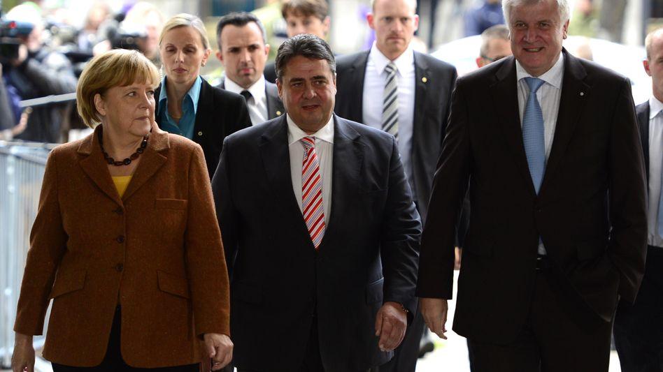 Künftige Koalitionäre Merkel, Gabriel, Seehofer: Aufwärmphase ist vorbei