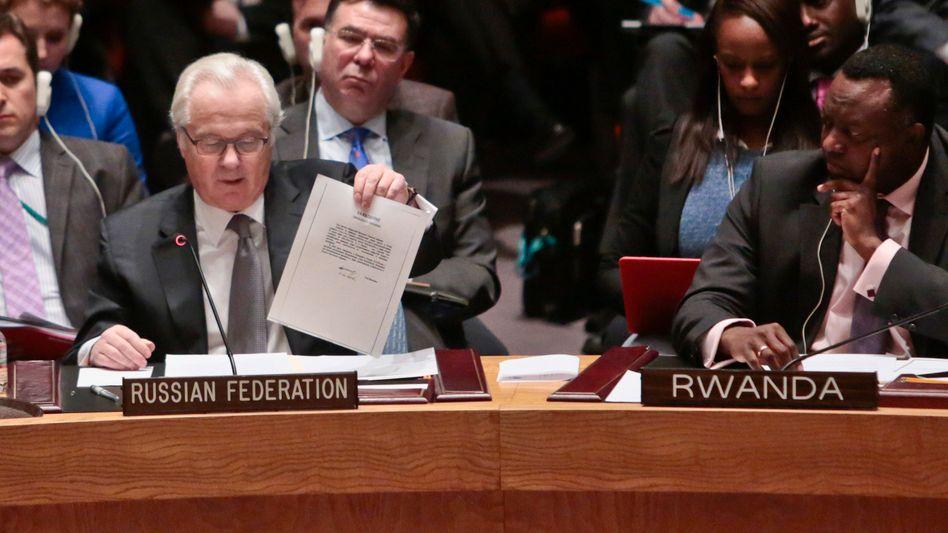 """UN-Botschafter Tschurkin mit dem Janukowitsch-Brief: """"Recht und Ordnung"""""""