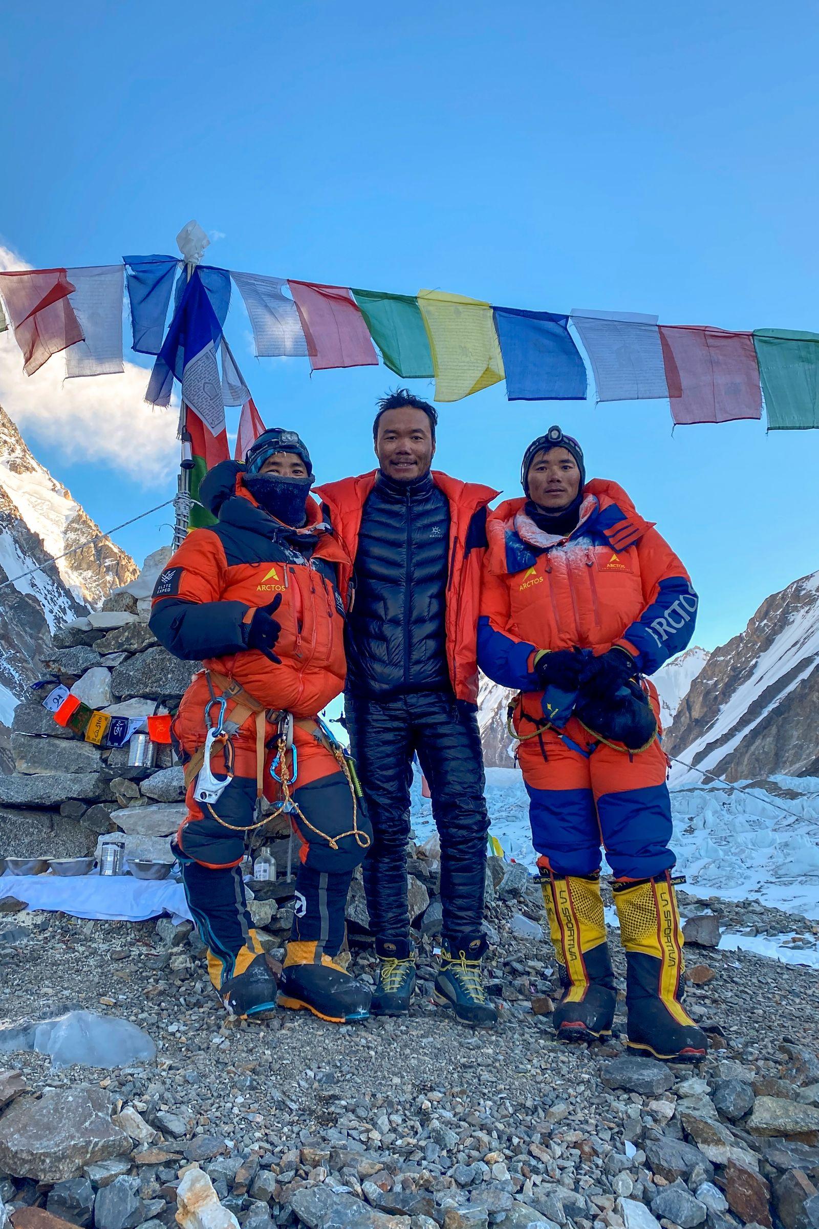 PAKISTAN-NEPAL-MOUNTAINEERING-K2