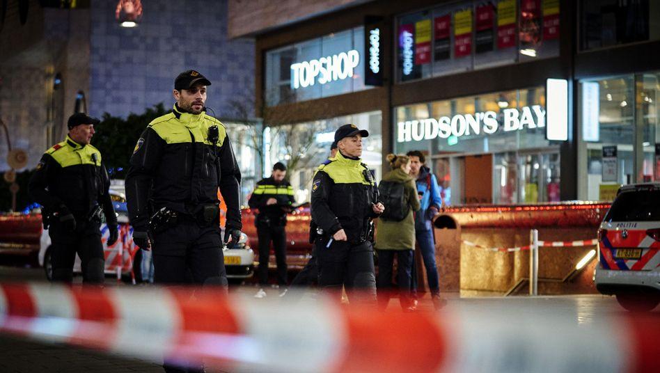 Tatort im Zentrum von Den Haag: Drei Verletzte nach Messerangriff