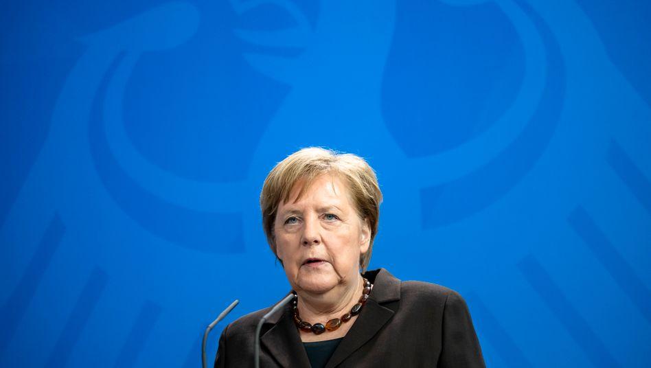 """Angela Merkel: """"Wir stellen uns denen, die versuchen, in Deutschland zu spalten, mit aller Kraft und Entschlossenheit entgegen"""""""
