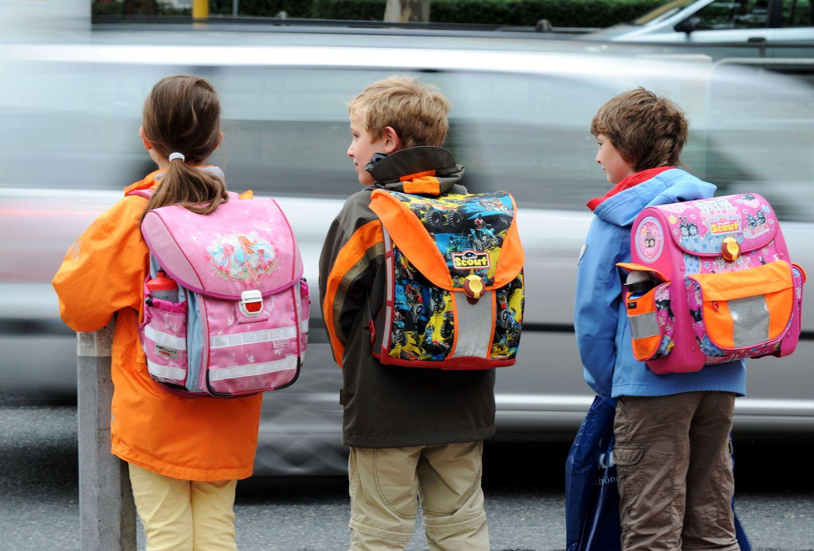 Schüler / Schulweg / Kinder-Zusatzversicherung