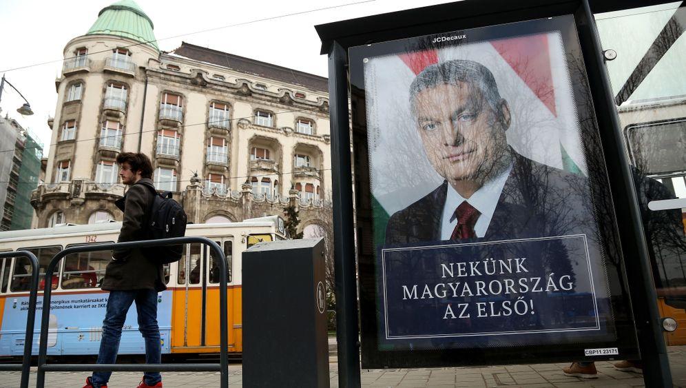 "Fotostrecke: Kritik an Ungarn Regierung - ""Orbán ist zu weit gegangen"""