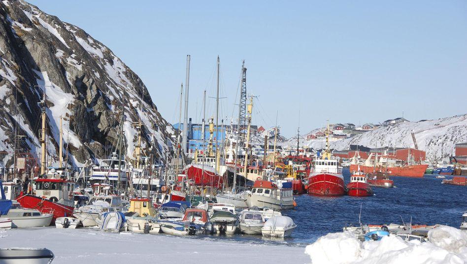 Hafen von Nuuk (im März 2013): Rohstoffabbau soll erleichtert werden