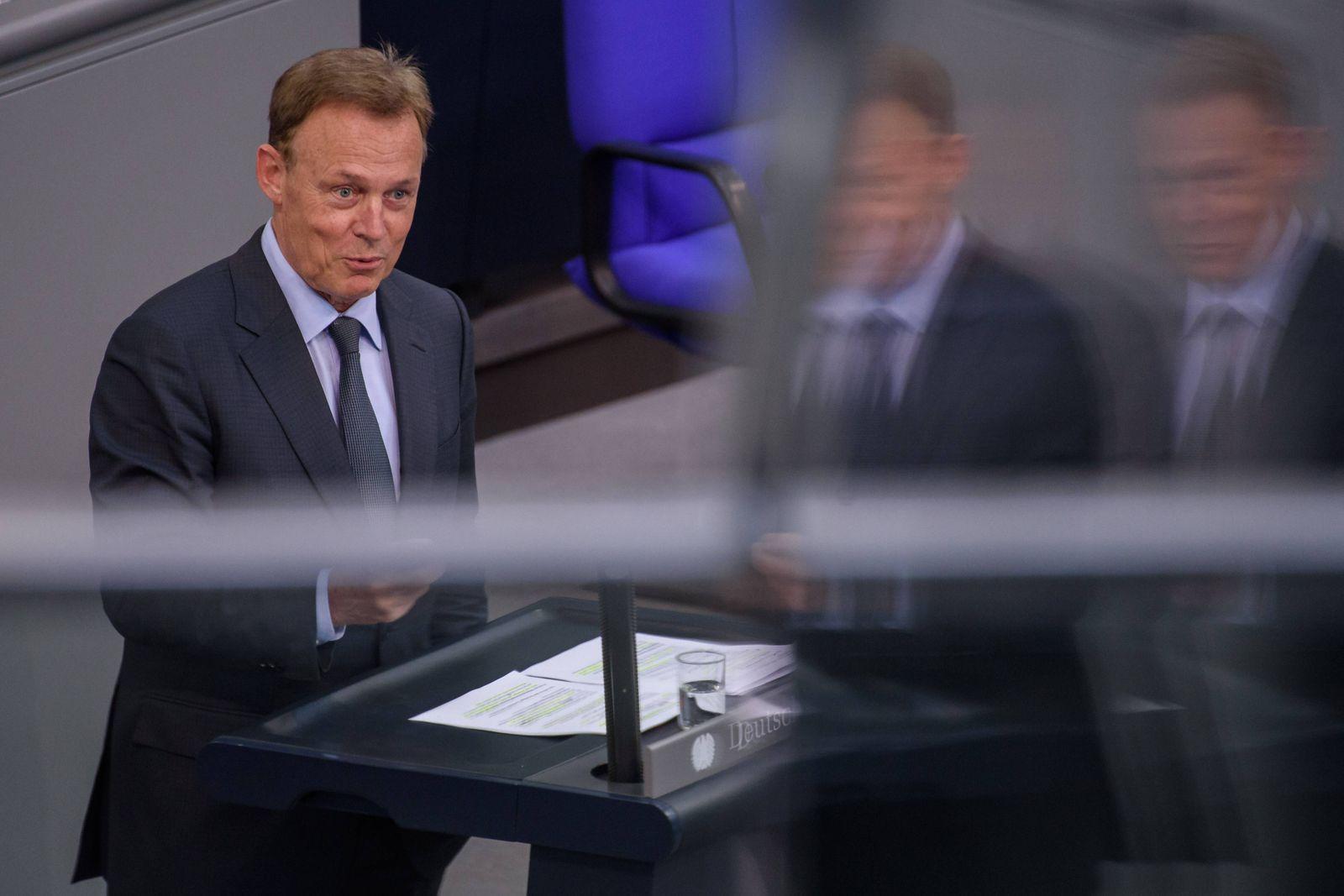 Sitzung des deutschen Bundestags Deutschland, Berlin - 26.06.2019: Im Bild ist Thomas Oppermann (Vizepräsident Deutsche