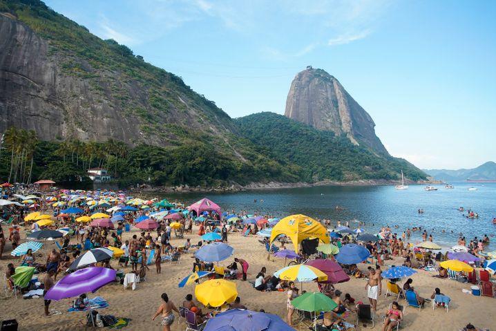 Praia-Vermelha-Strand in Rio de Janeiro (im Februar)