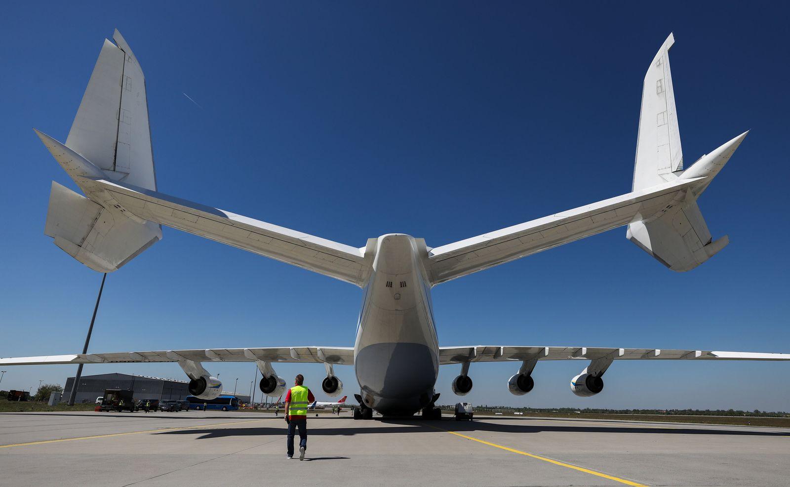 Größtes Flugzeug der Welt in Leipzig