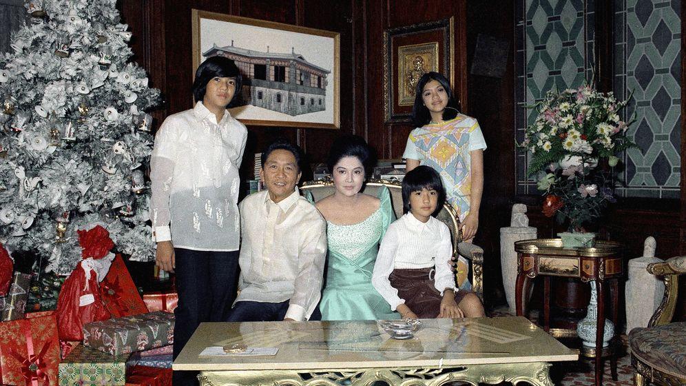 Imelda Marcos: Geld, Gold, Größenwahn