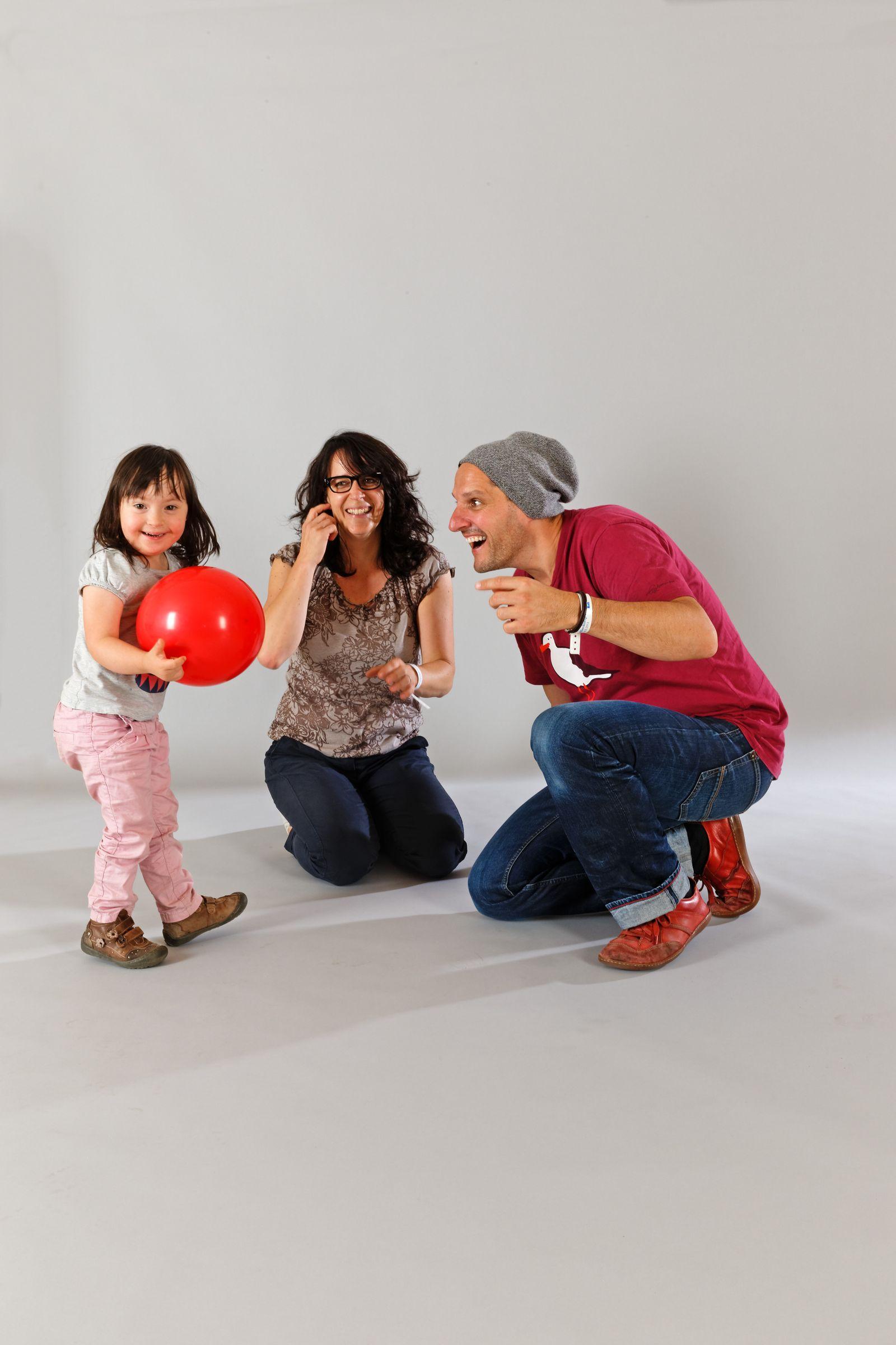 EINMALIGE VERWENDUNG Familien - Familie mit behindertem Kind