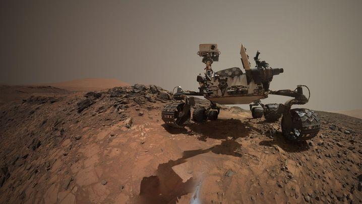 """""""Curiosity""""-Fotos vom Mars: Roter Sand und schroffe Felsen"""