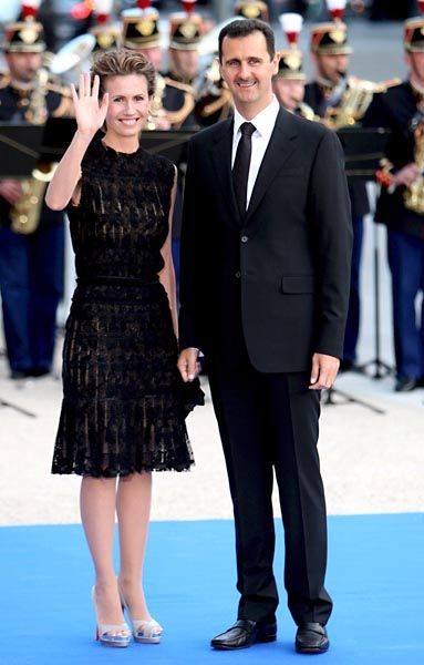 Syrian President Bashar Assad with his wife Asma: Although the Syrian government is not being declared free of the suspicion of involvement, at least President Assad is no longer in the line of fire. There is hardly anything to indicate he was aware of the murder plot.