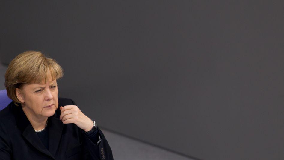 """Bundeskanzlerin Angela Merkel (CDU): """"Außerordentlich bekümmerlich"""""""
