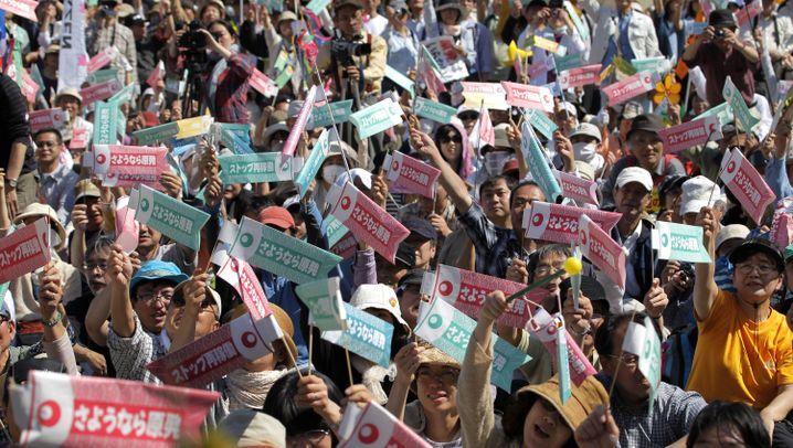Jubel in Japan: Menschen feiern die AKW-Pause