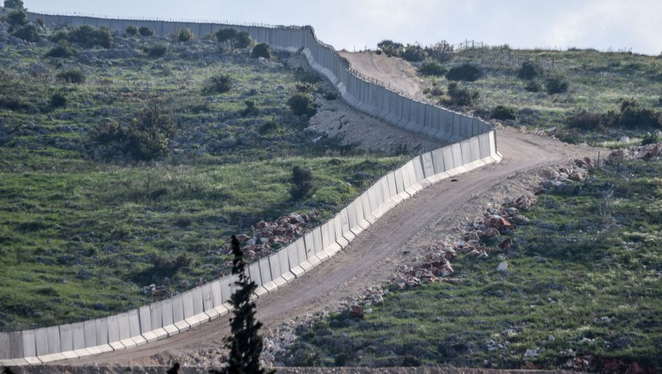 The border wall between Turkey and Syria
