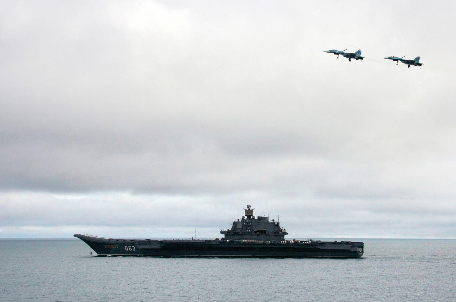 Russischer Flugzeugträger/ Admiral Kuzhetsov