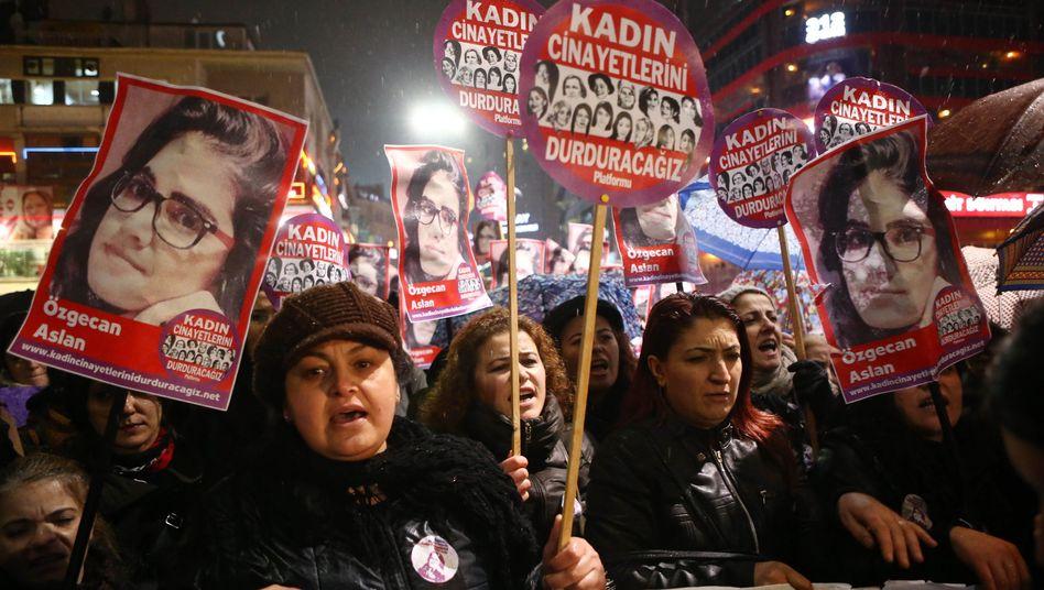 Demonstration in Ankara: Die Gewalt gegen Frauen nimmt in der Türkei zu