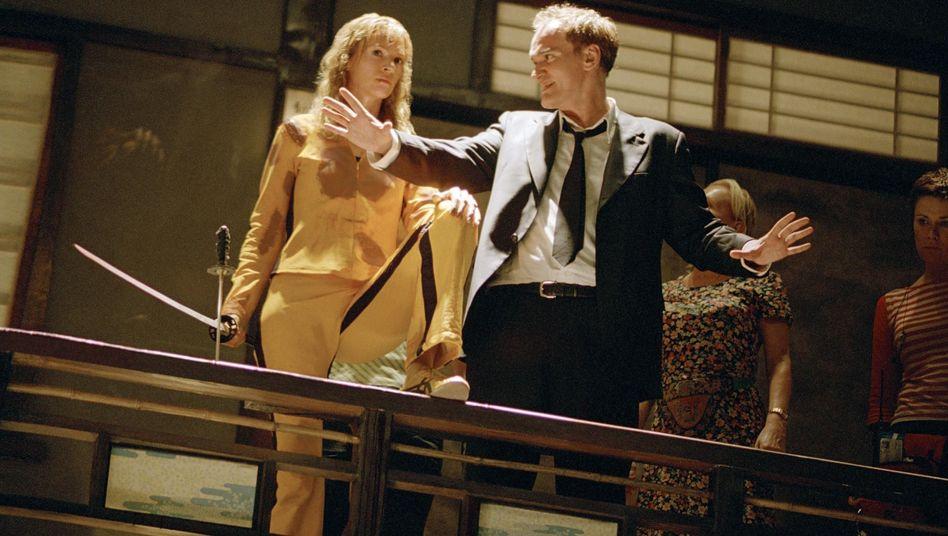 """Thurman und Tarantino am Set von """"Kill Bill"""":"""