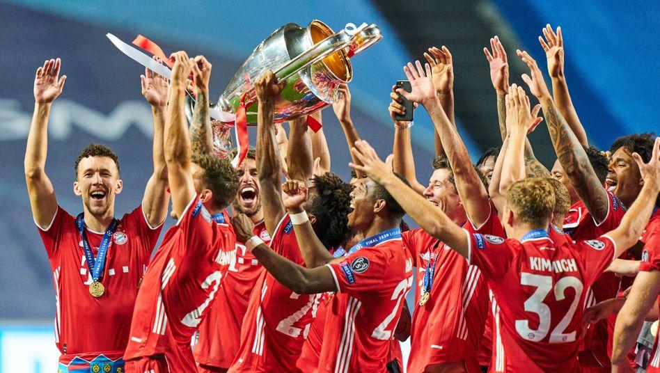 Bayern-Profis in Lissabon: im August die Nummer eins Europas - und jetzt?