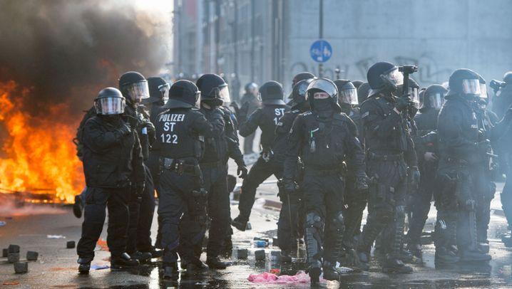 Anti-EZB-Protest: Feuer und Gewalt in Frankfurt