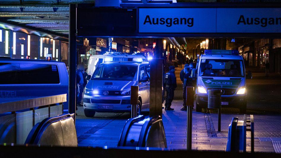 Einsatzkräfte der Polizei in Herne: Erst Provokationen, dann kam es zu Übergriffen