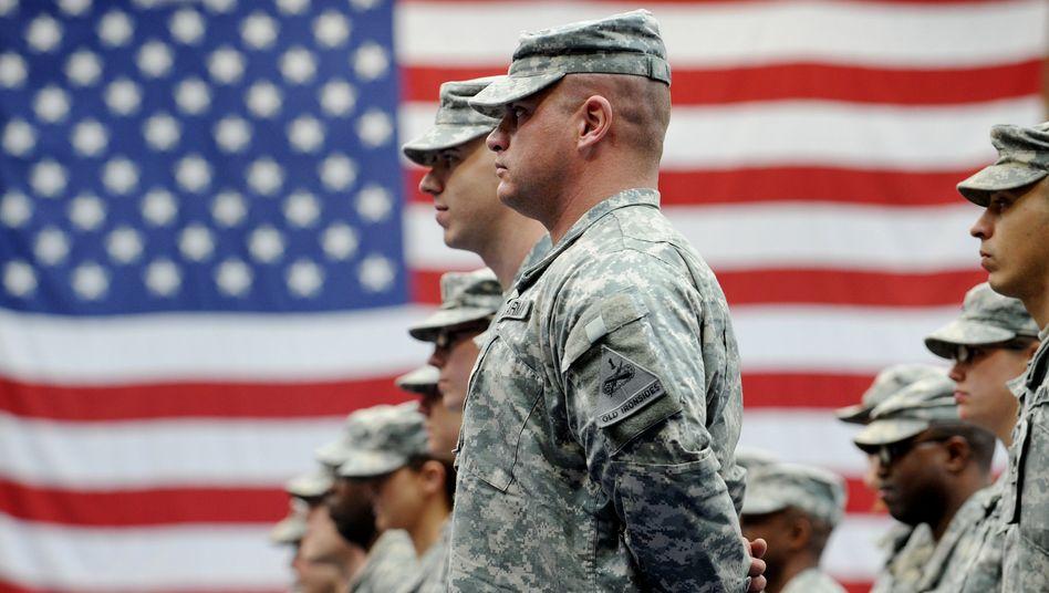 Amerikanische Soldaten auf der US-Luftwaffenbasis in Wiesbaden: Drehscheibe für die ganze Welt