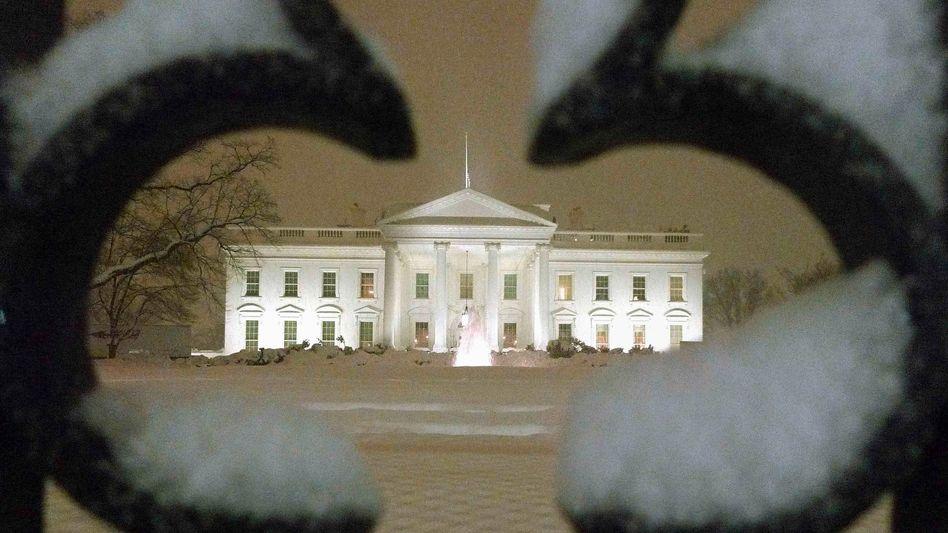 Schnee-Alarm in Washington: Nur im Weißen Haus brennt noch Licht