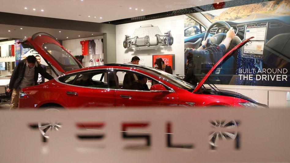 "Tesla S P85: ""Einige Millionen"" Fahrzeuge pro Jahr"