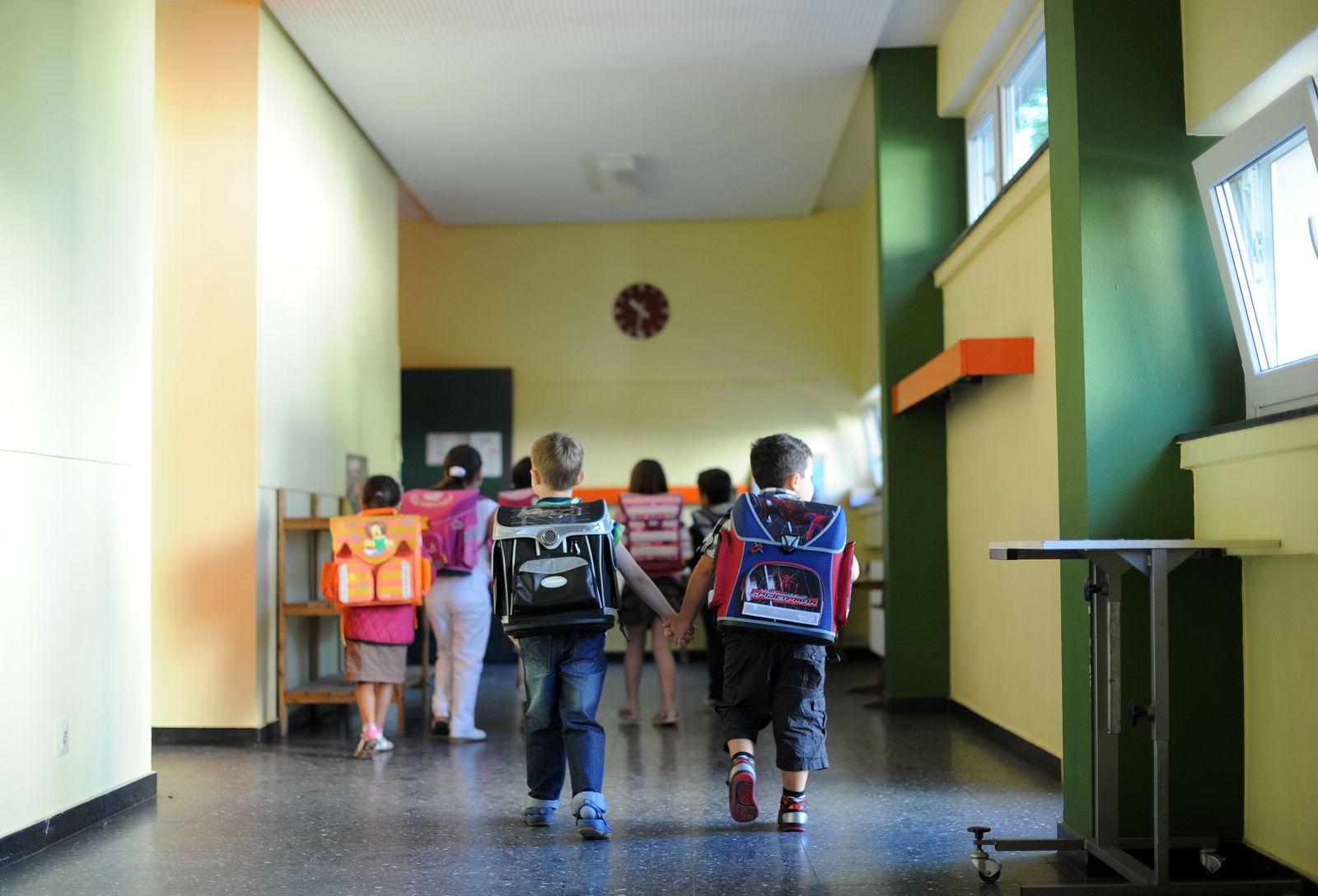 Schule/ KMK/ schnell