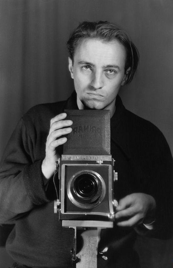 Selbstporträt des Fotografen Konrad Hoffmeister um 1958