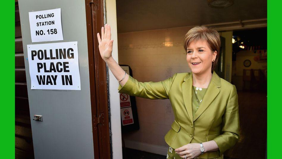 Heimliche Siegerin Sturgeon: SNP holt nahezu alle Mandate in Schottland