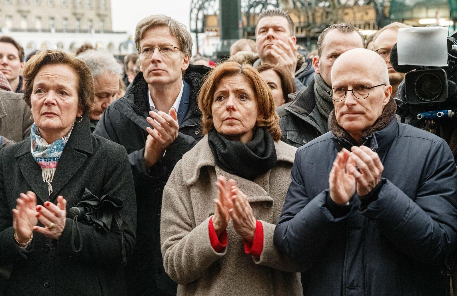 Nach Schüssen in Hanau - Gedenken in Hamburg