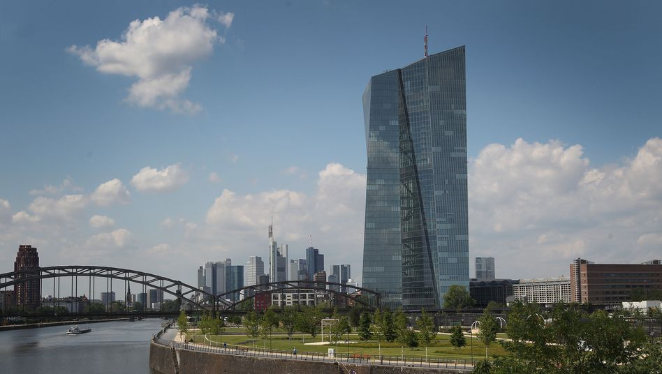 "ECB headquarters in Frankfurt: ""The best policy to counteract social inequality is to create growth and jobs."""