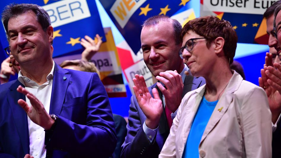 CSU-Chef Söder (l.), EVP-Spitzenkandidat Weber, CDU-Chefin Kramp-Karrenbauer (beim Wahlkampfauftakt in Münster): Werte sind ausbaufähig