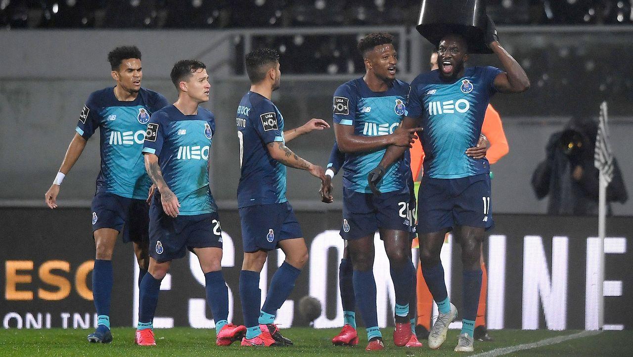 Portugiesische Fußball-Liga: Portos Marega lässt sich offenbar wegen rassistischer Beleidigungen auswechseln - DER SPIEGEL