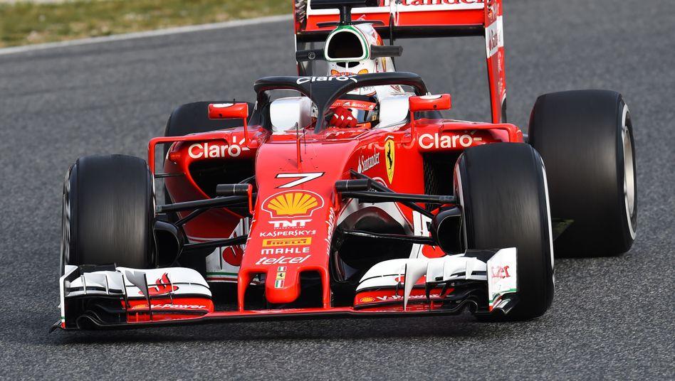 Ferrari mit Kopfschutz