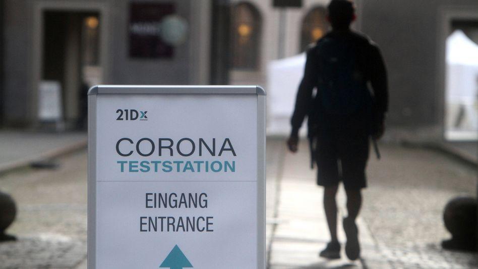 Corona-Teststation in München: Seit Montag sind die Bürgertests nur noch in Ausnahmefällen kostenlos