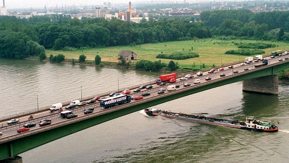 Schiersteiner Autobahnbrücke (Archivbild)